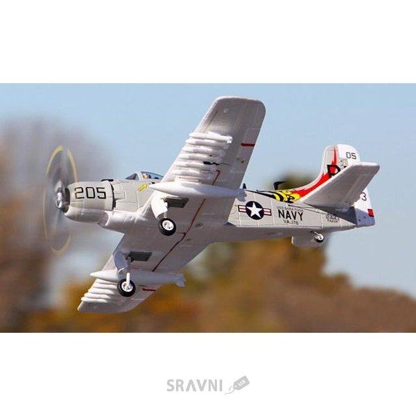 Фото FMS Mini Douglas A-1 Skyraider (038)